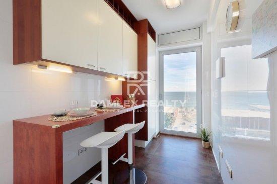 Apartment with fantastic sea views