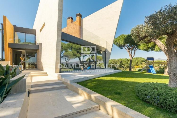 Exceptional villa on the heights of San Feliu de Guixols