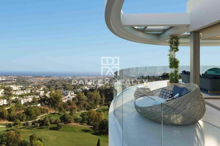 Luxury apartment with sea view in Marbella
