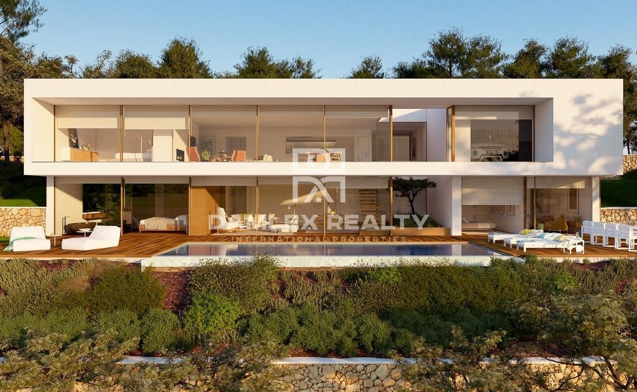 New luxury villa in the very exclusive area of Cala San Francesc