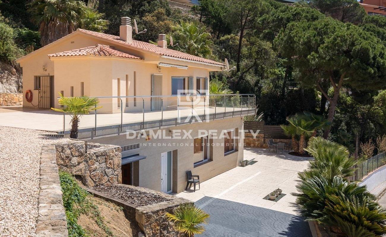 Villa with panoramic views in Lloret de Mar