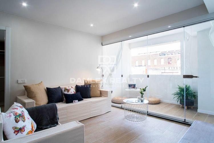 Renovated apartment in Poble Nou