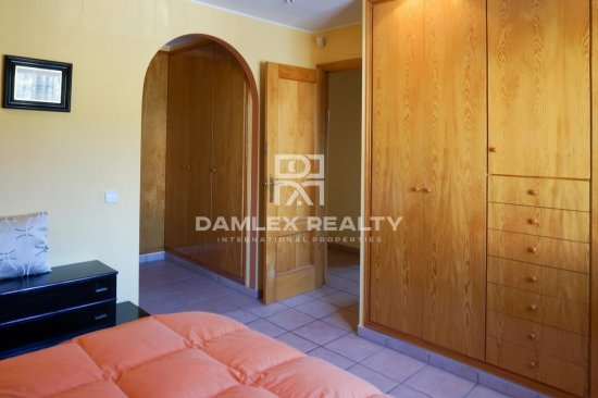 Great house very close to the center of lloret de mar.