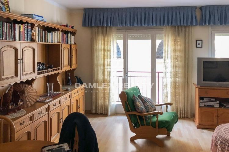 Wonderful apartment of 100 m2, in very good condition, exterior, very bright, in the center of Arenys de Mar.