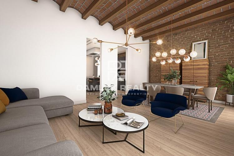 Apartment to reform with views of the University of Barcelona.