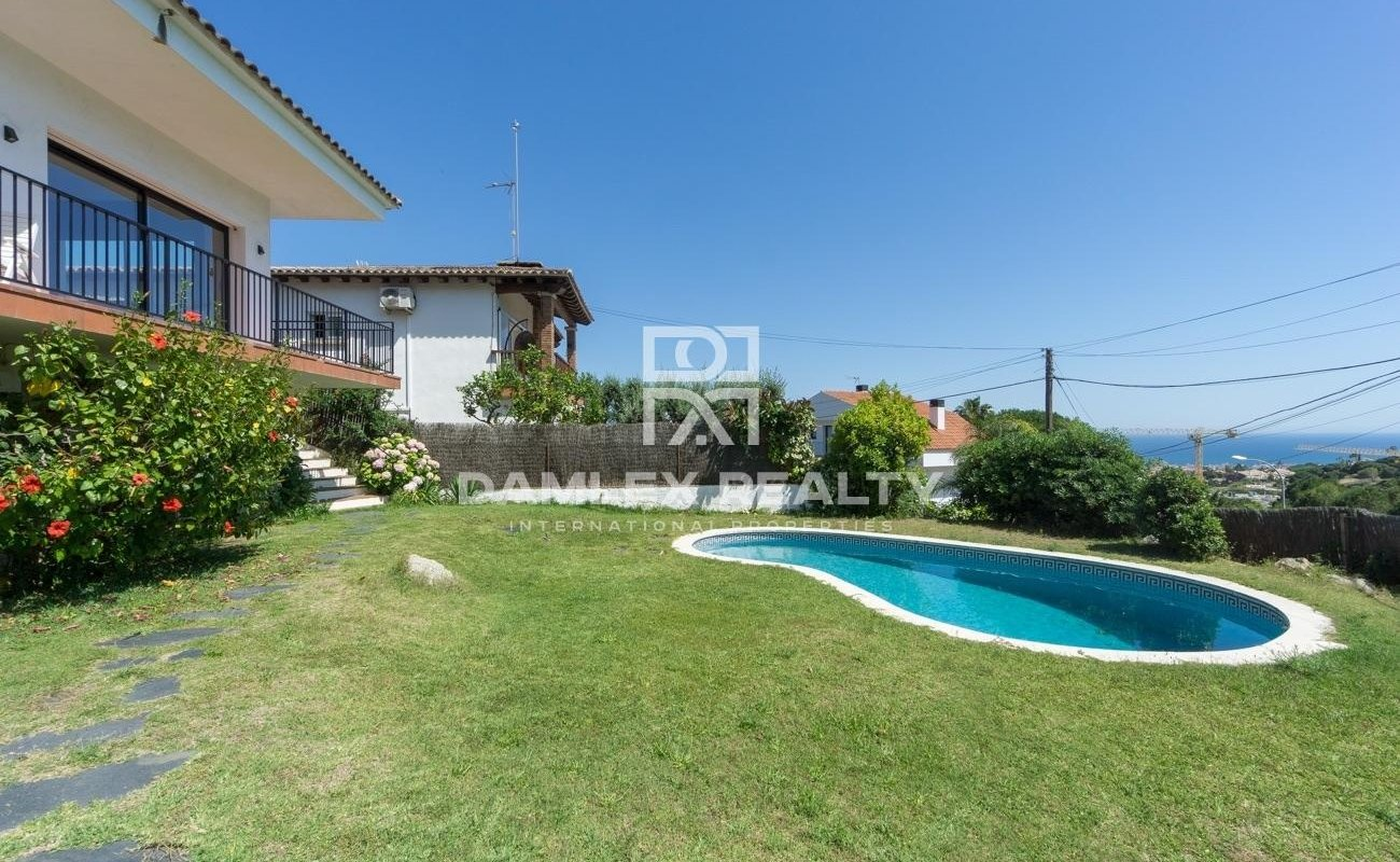 Four winds house located in the town of Vilassar de Dalt