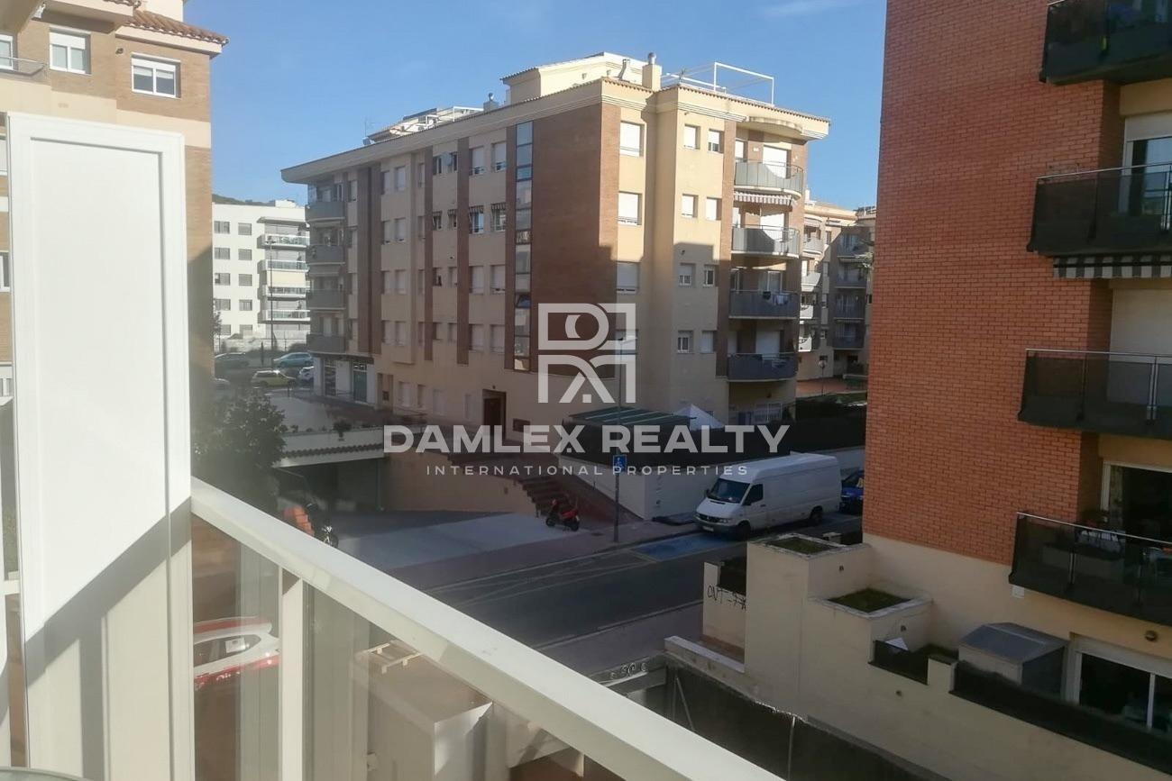 Apartment in Fenals area near the beach