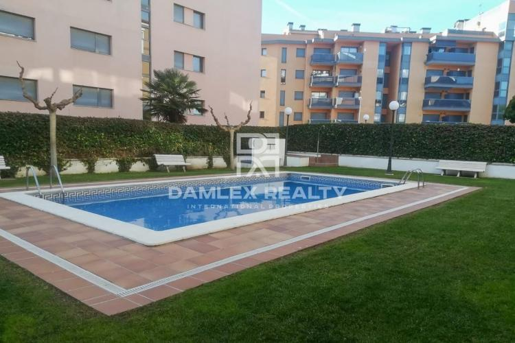 Apartment in Fenals area near the beach