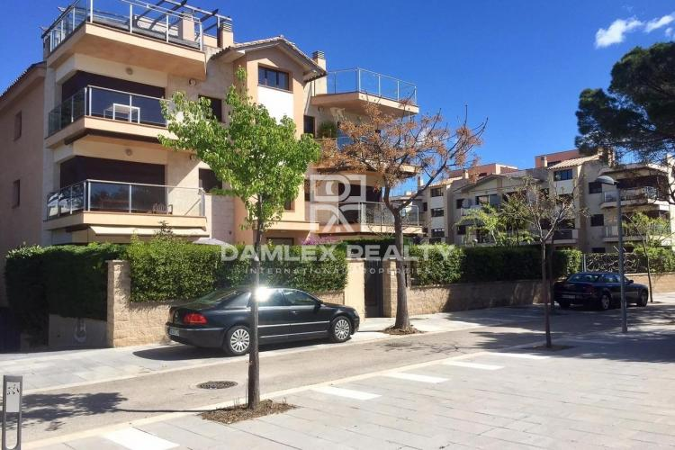 Beautiful apartment with private garden near the sea in Playa d`aro.