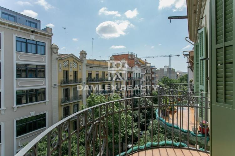 Completely renovated apartment in Barcelona Eixample