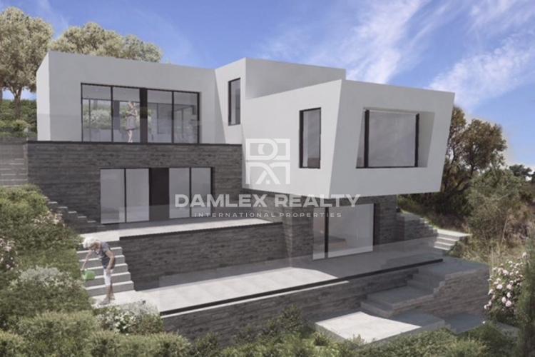 Luxury house under construction modern design