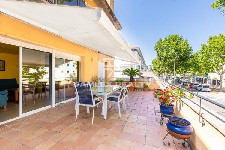 Apartments in a prestigious residential complex near the beach.