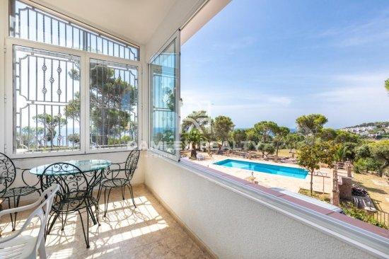 Country house in the prestigious area of Playa de Aro