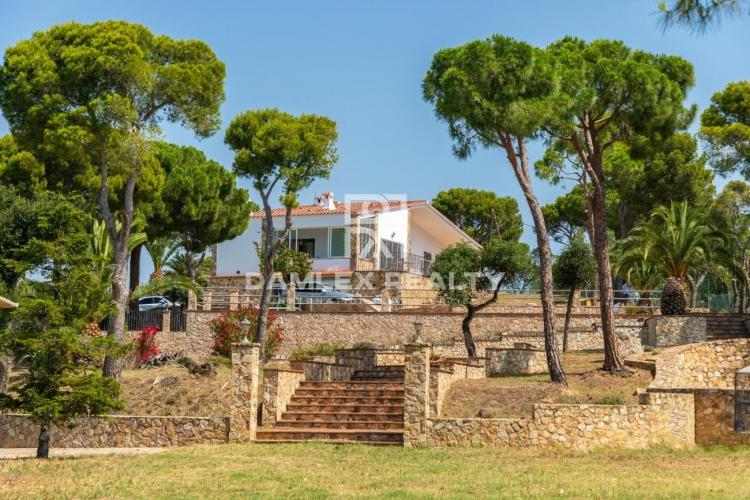 Country house in the prestigious area of Playa de Aro