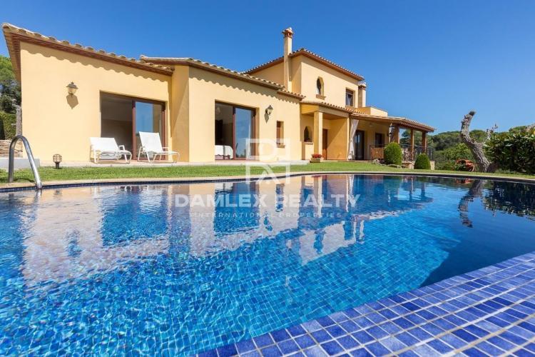 Villa with sea views in Playa de Aro
