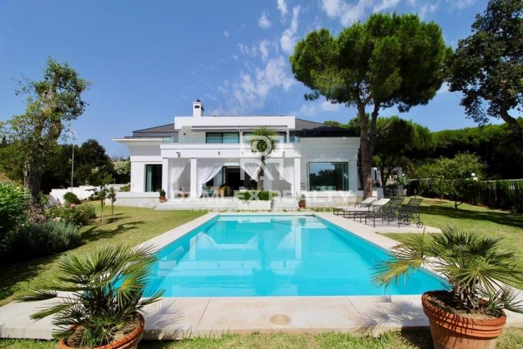 Excellent villa in Cabopino, eastern Marbella