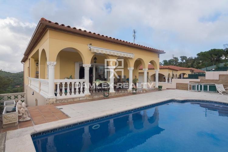 Ground house in Calonge with beautiful panoramic seaviews