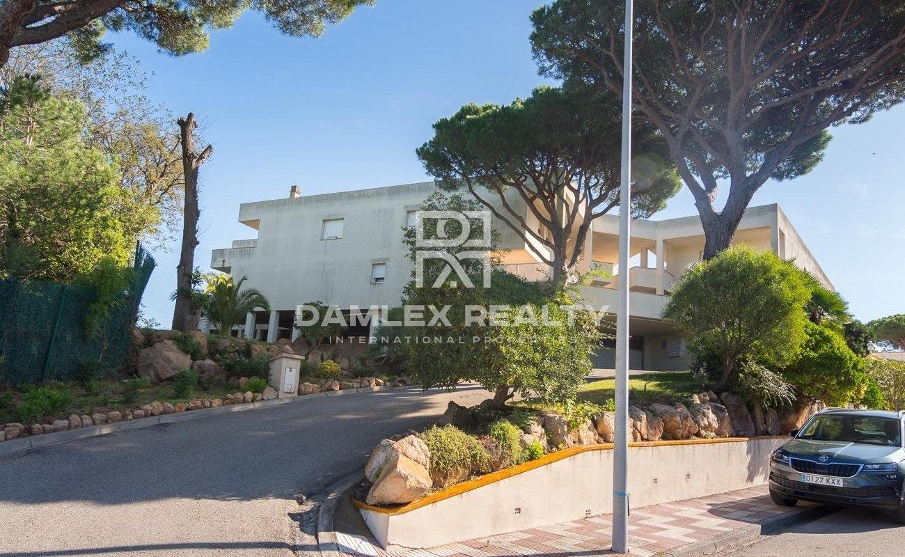 Apartment in St Feliu de Guixols with panoramic seaview