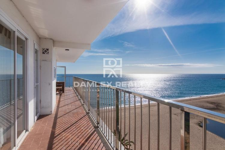 Apartment on the sea front in Playa de Aro