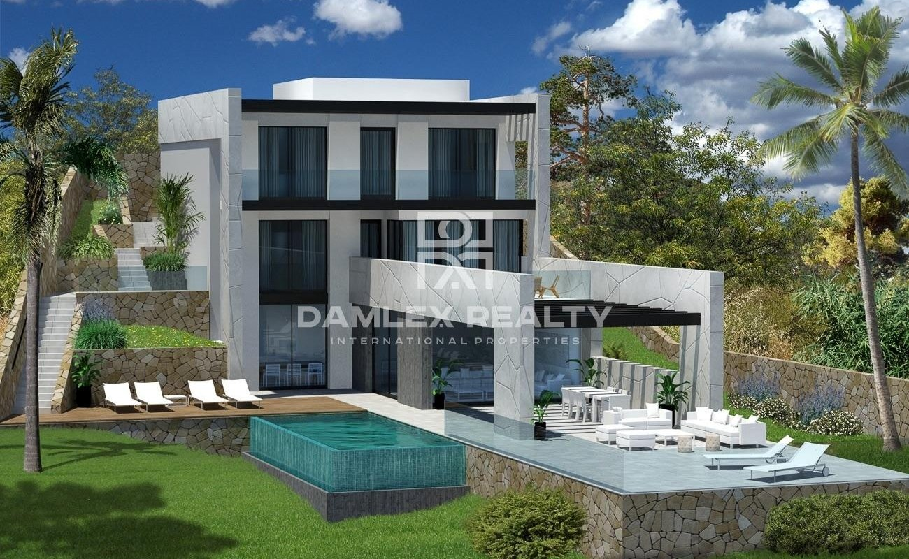 Modern house in Lloret de Mar with panoramic sea views