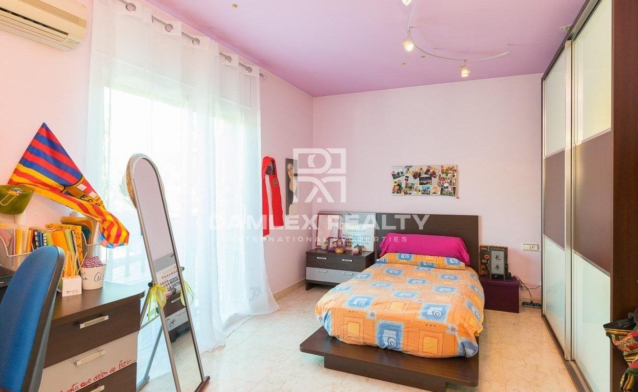 House in a prestigious urbanization near Barcelona