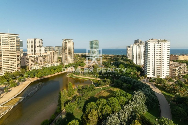Apartment in gated complex in Diagonal Mar