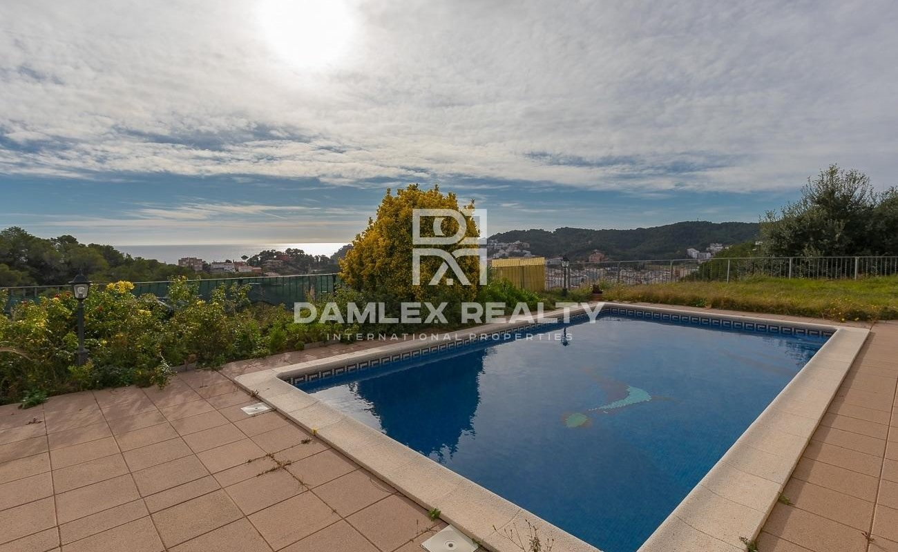 House with a beautiful view of the bay of Tossa de Mar