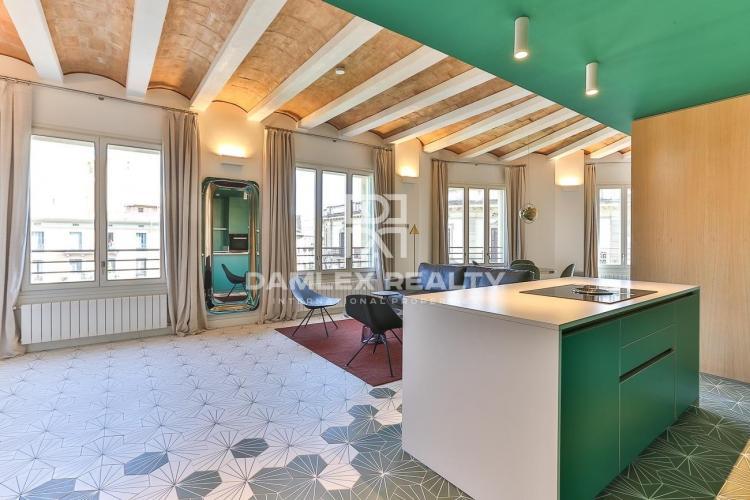Precioso piso reformado en el centro de Barcelona