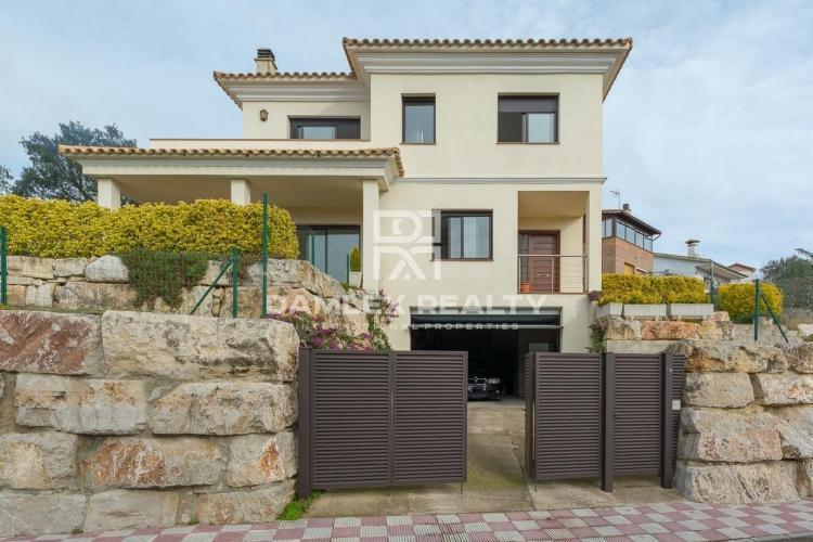 Beautiful house modern