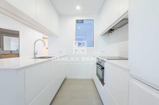 Renovated apartment near Sants train station
