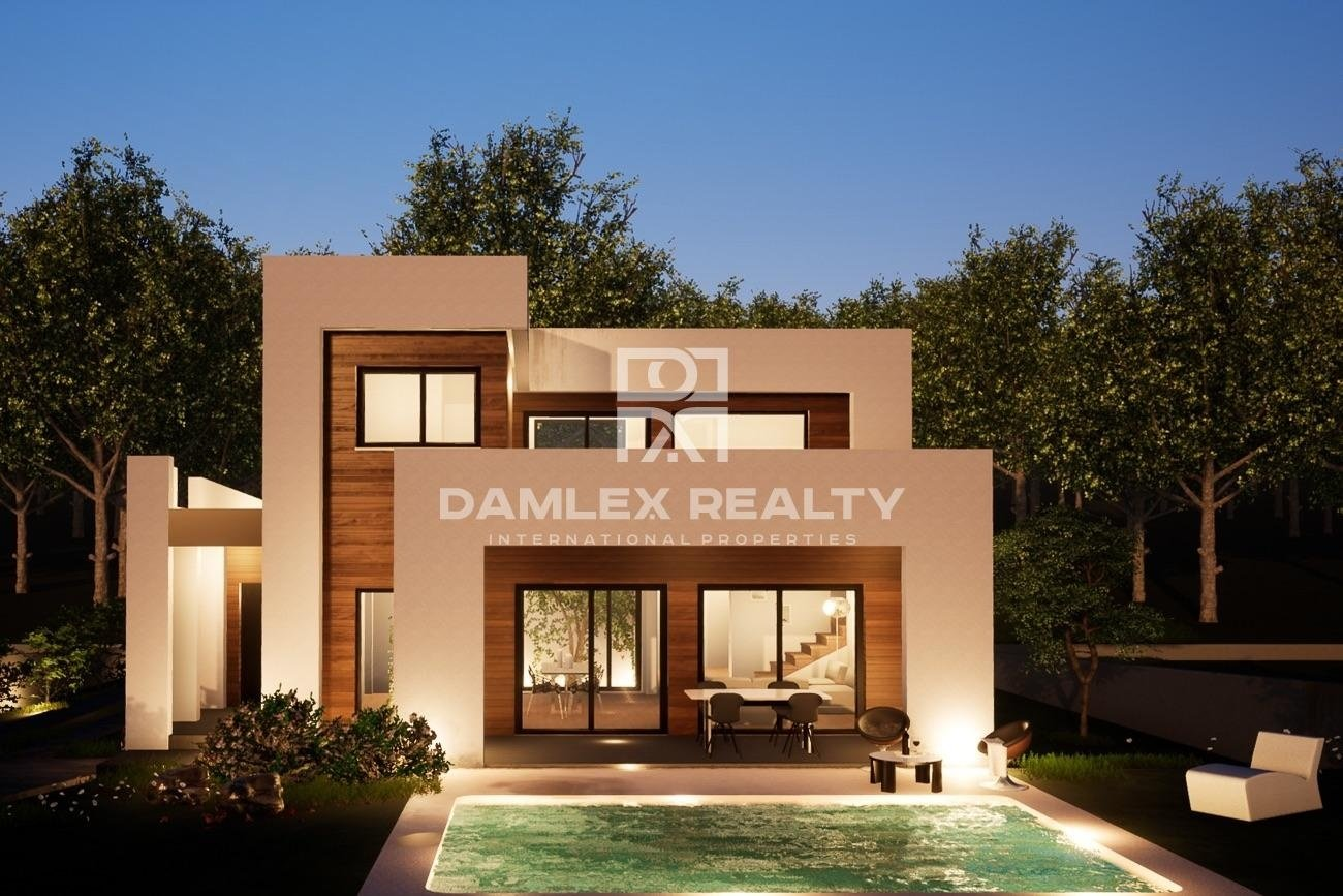 High-tech villa within walking distance of the beach in Calella de Palafrugell