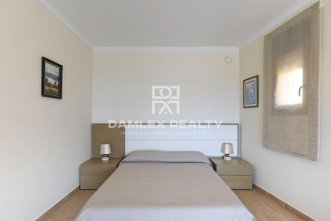 House with tourist license with panoramic sea views in Serra Brava urbanization
