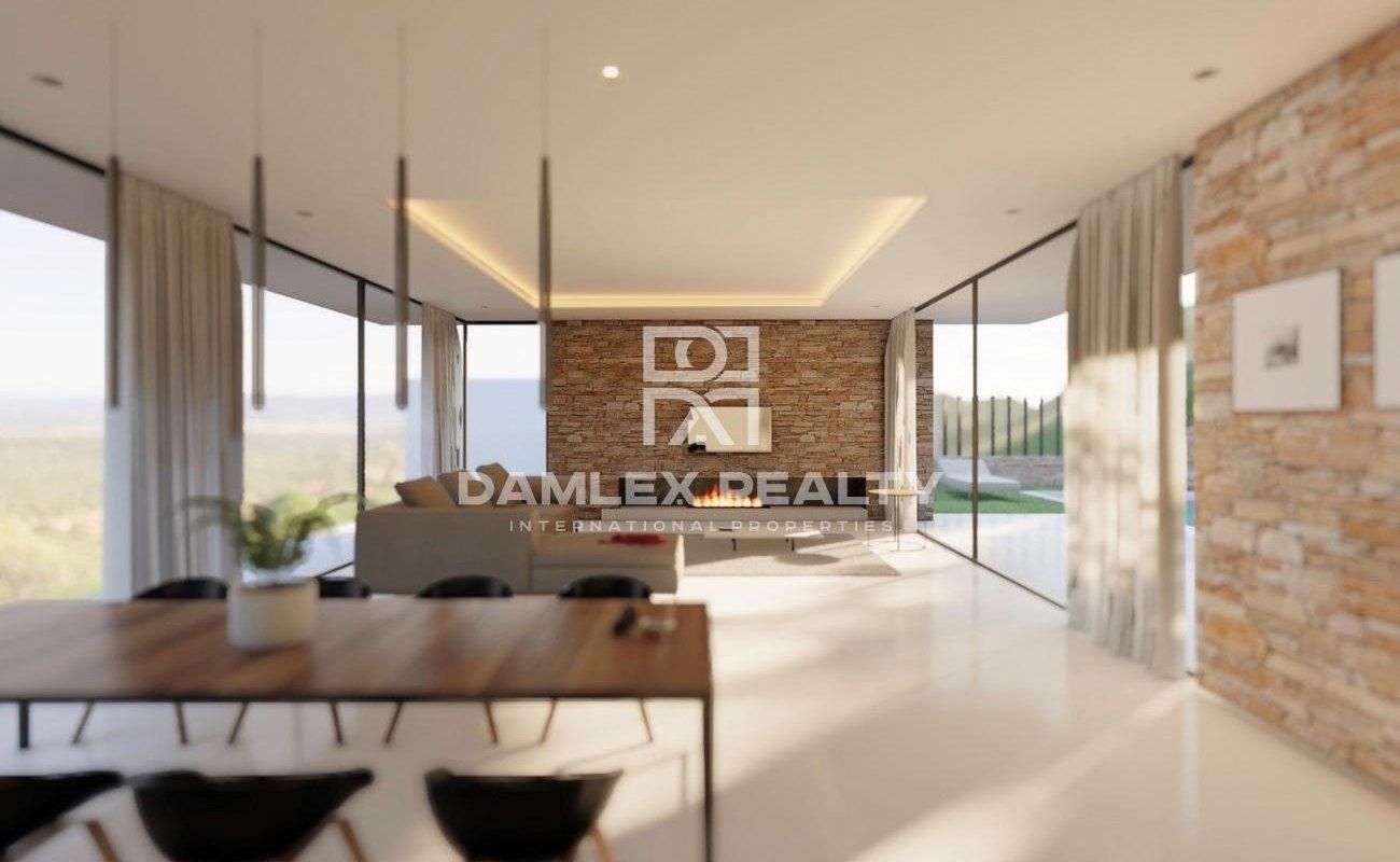 New villa with stunning panoramic views in Playa de Aro