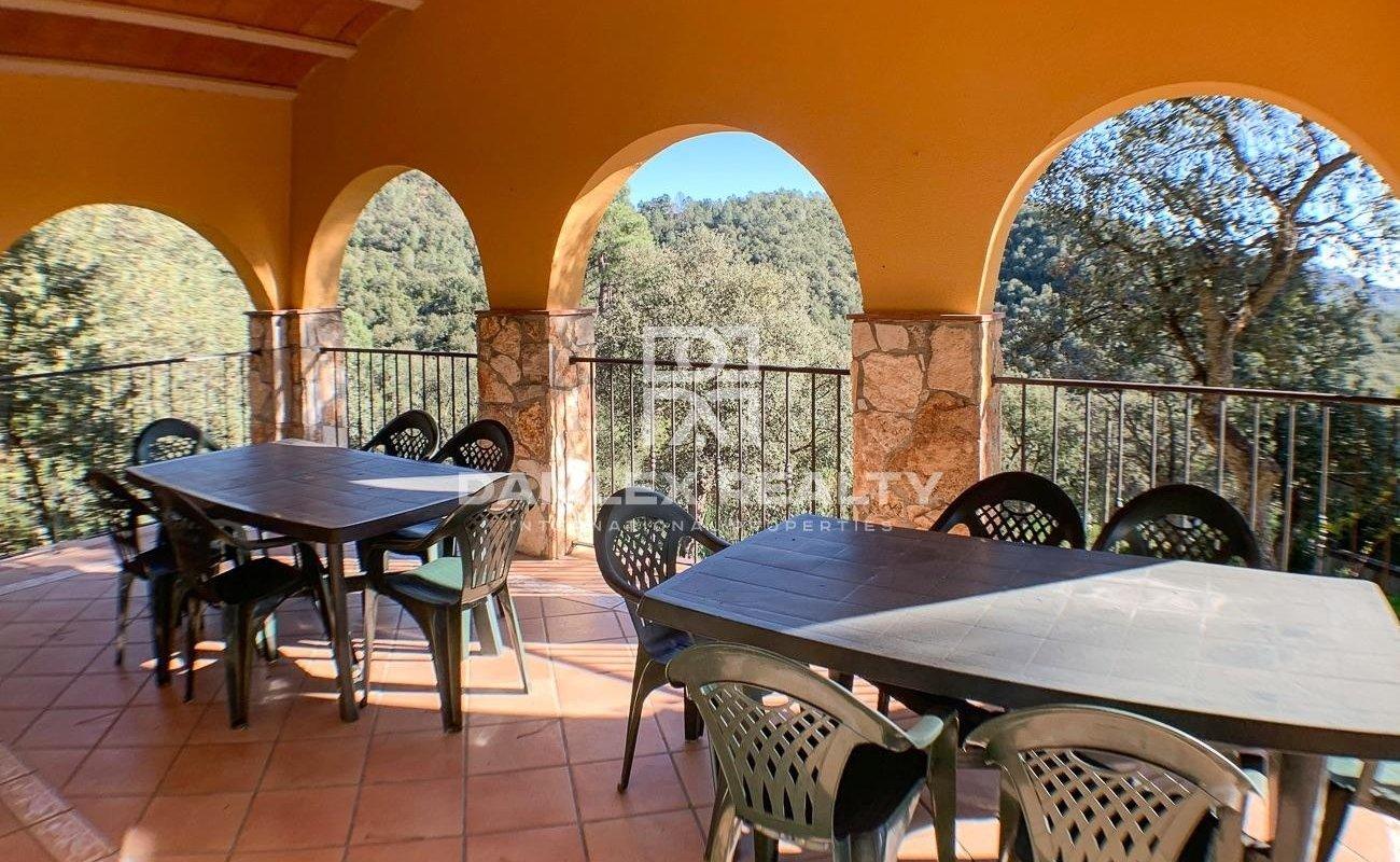 Villa in a beautiful and quiet natural environmen