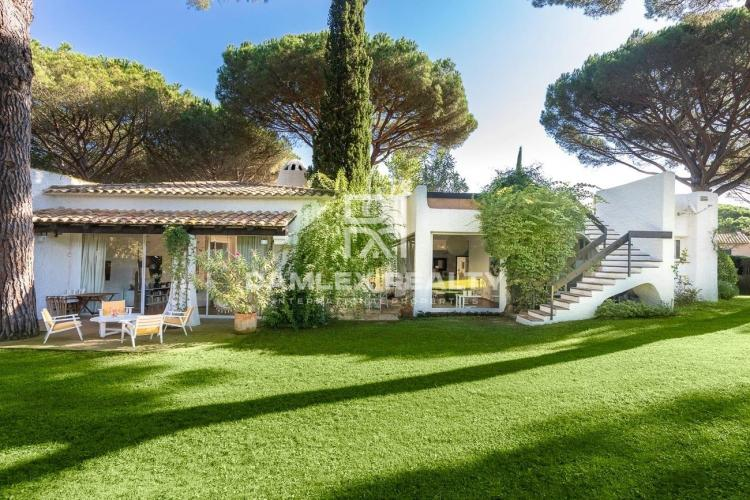 Ibicenco style house in the heart of the Golf of Santa Cristina de Aro