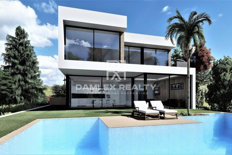 Modern design villa 1 km from the beach