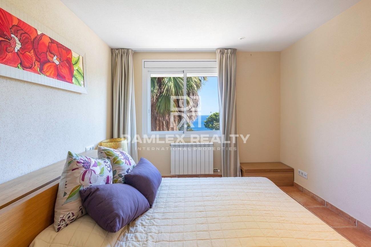Luxury villa with sea views in an urbanization of Tossa de Mar