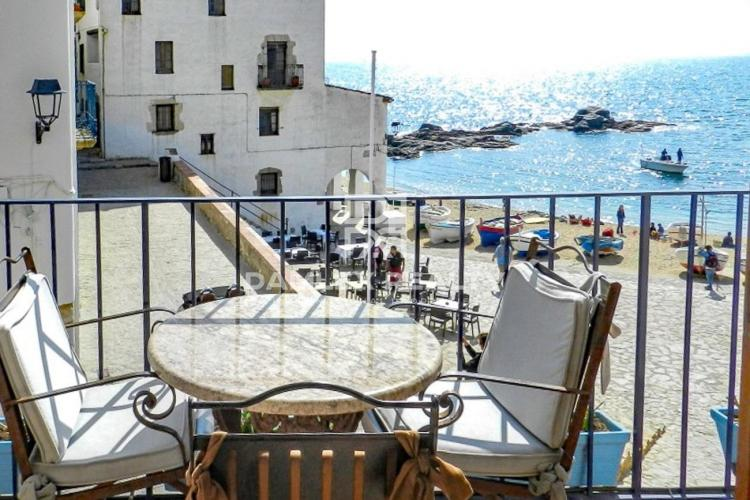 Apartments on the first line in Calella de Palafrugell