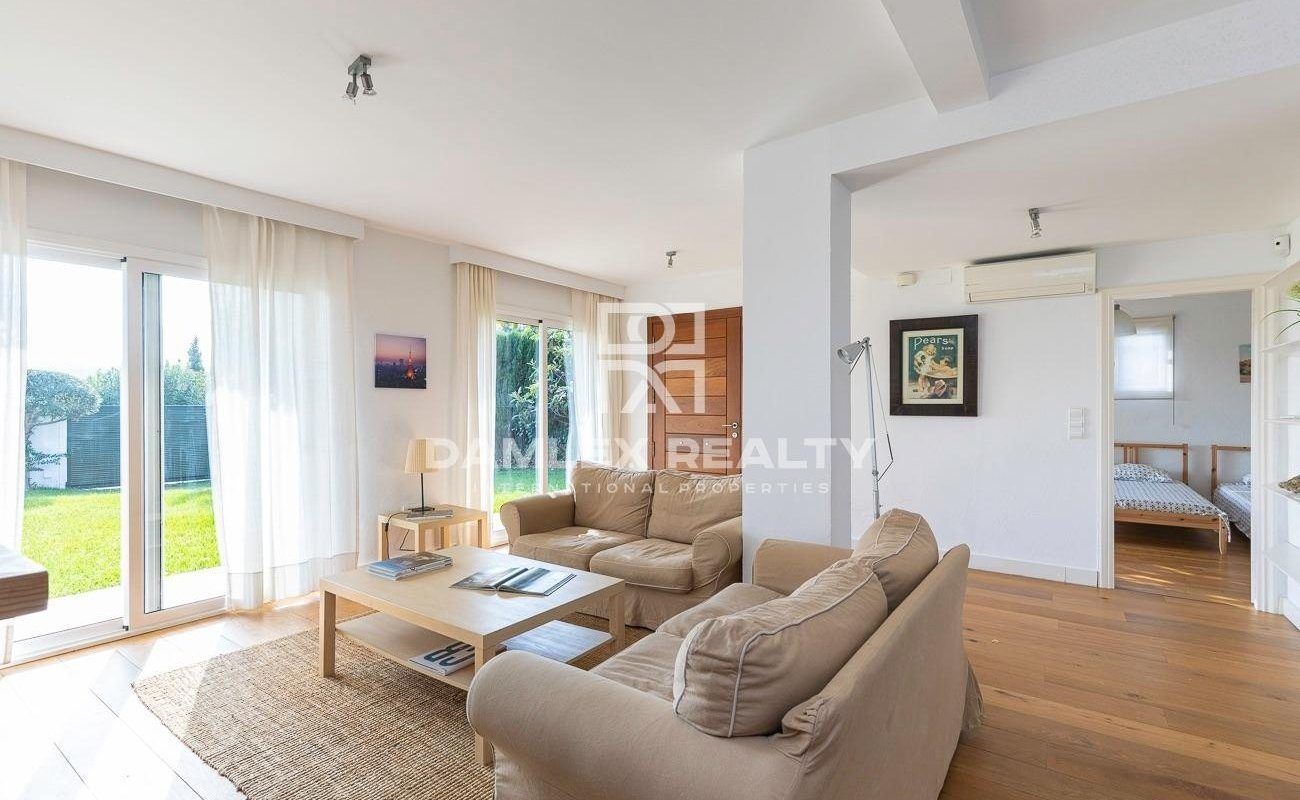 Pretty and comfortable house in Calonge
