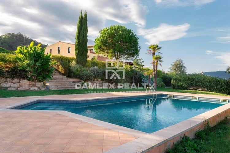 Exclusive property with sea views near Sant Feliu de Guixols