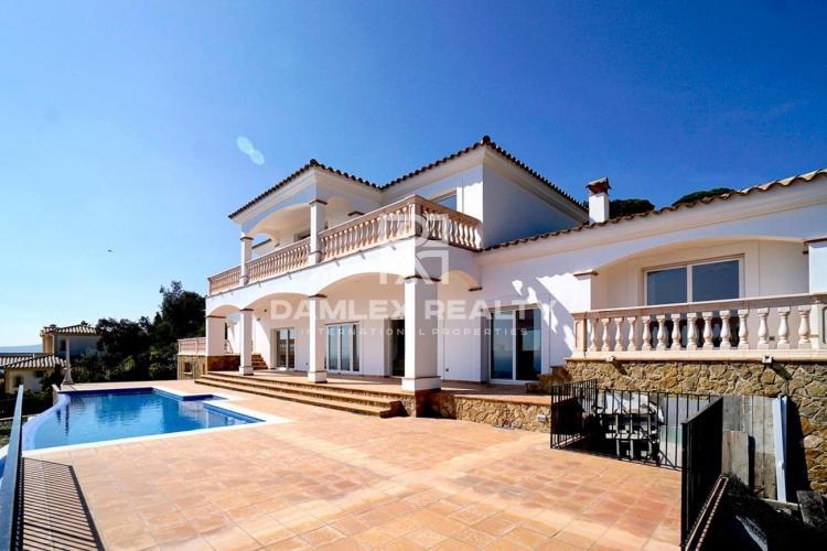 Villa with panoramic sea views in Platja d`Aro
