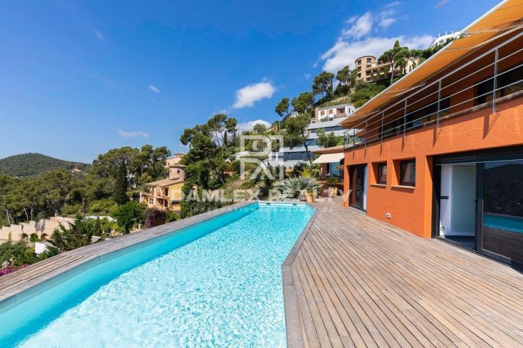 Wonderful luxury property located in Aiguablava!