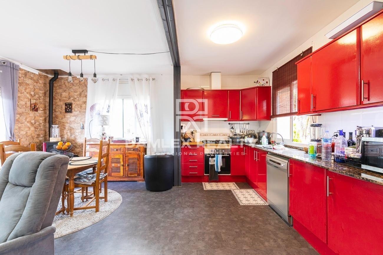 BEAUTIFUL MODERN HOUSE WITH POOL IN SERRA BRAVA URBANIZATION, LLORET DE MAR
