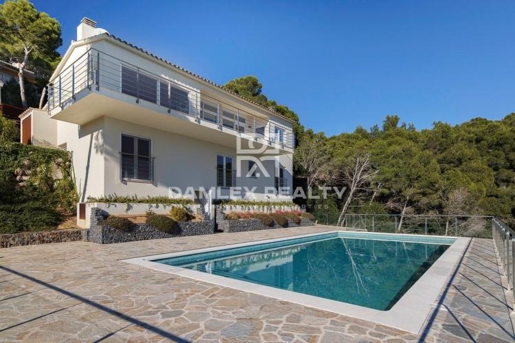 LUXURY HOUSE IN ONE OF THE BEST AREAS OF BEGUR