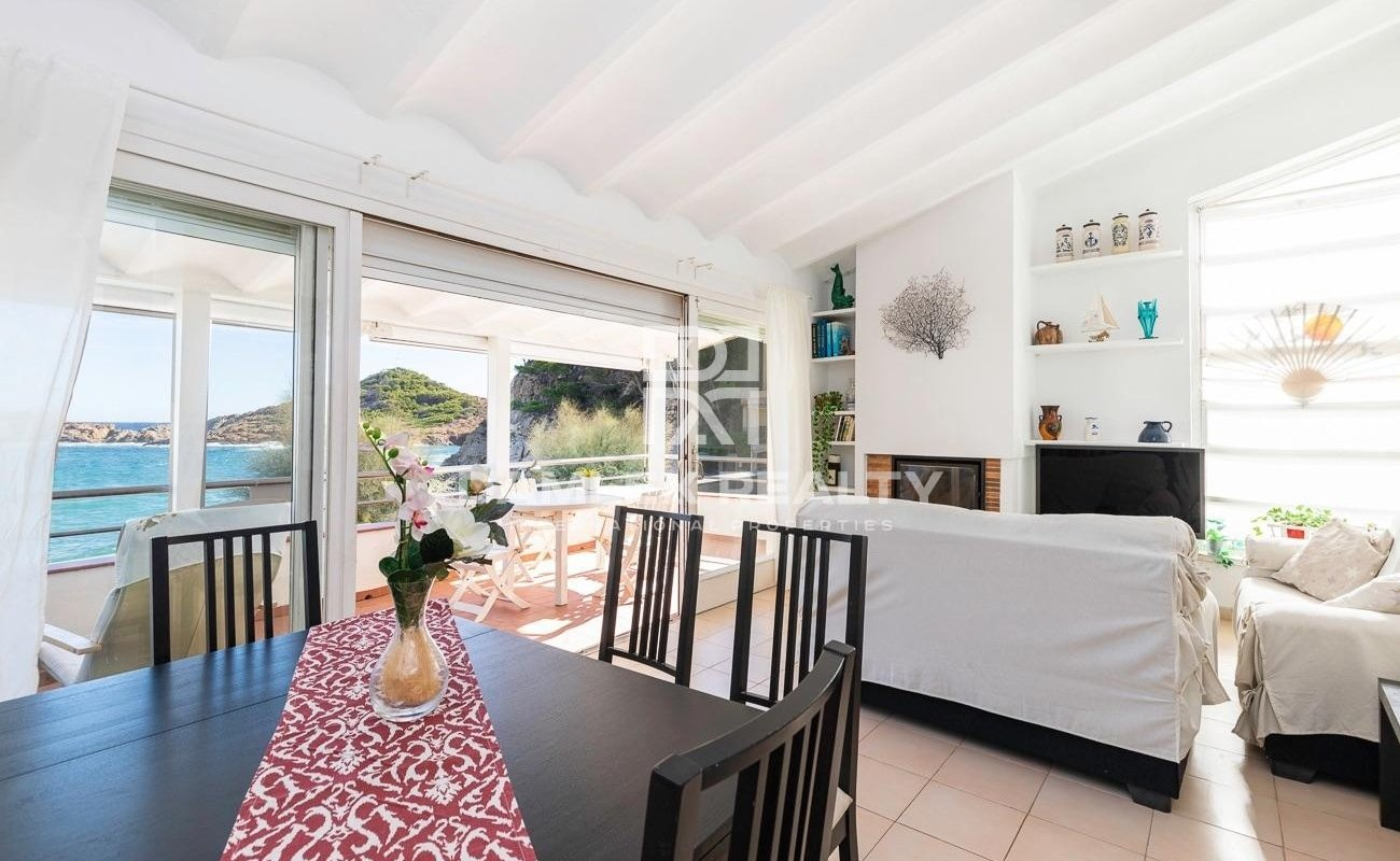 Unique Apartment at the First Line of the Beach
