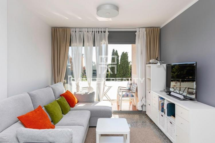 Beach Penthouse (Playa de Fenals) with Sunny Terrasse and Swimming Pool
