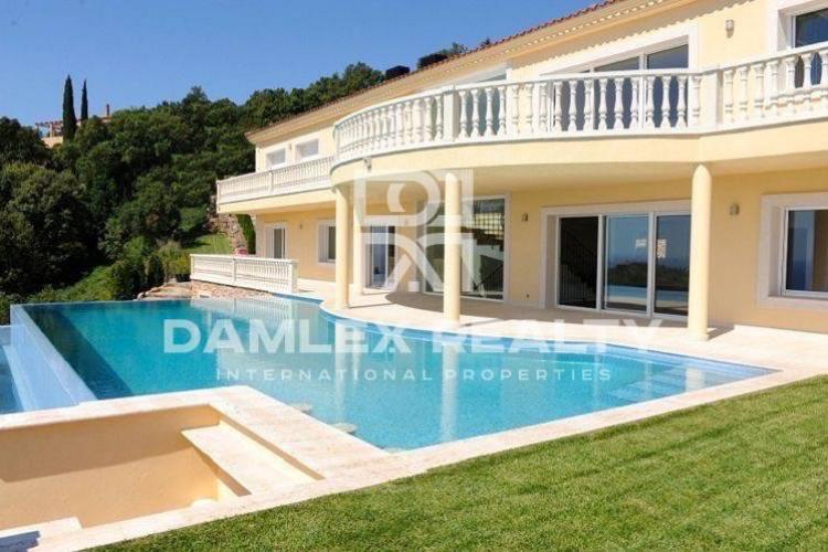 Costa Brava. Luxury villa in Platja de Aro